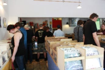 RauteRecords - Record Store Image