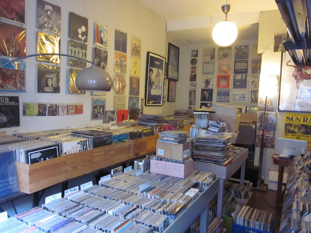 Deep End Records - Record Store Image