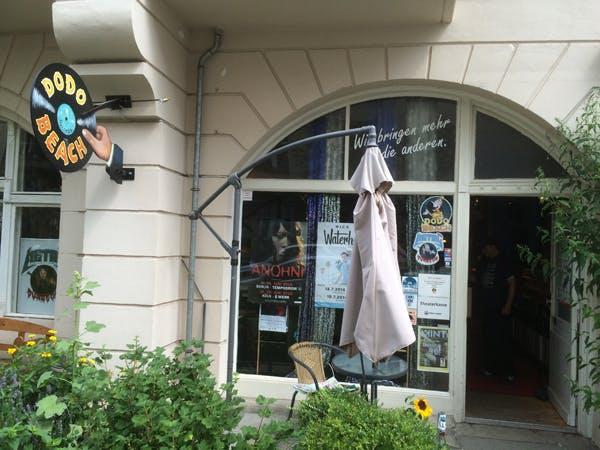 Dodo Beach Recordstore - Record Store Image