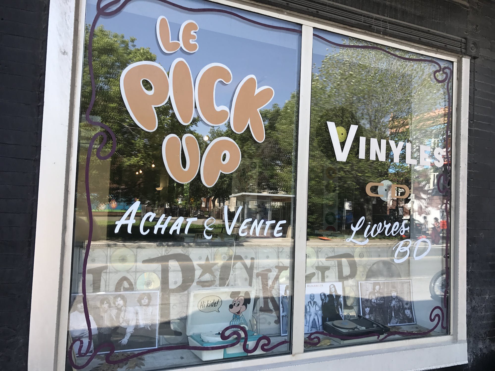 Le Pick-Up - Record Store Image